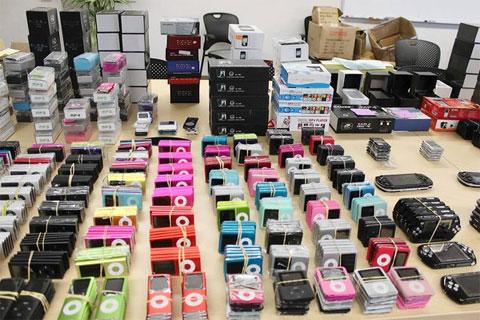 iPods e iPhones falsos