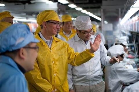 Tim Cook en las fábricas de Foxconn