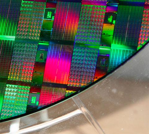 Oblea de procesadores grabada con procesos fotolitográficos o nanolitográficos