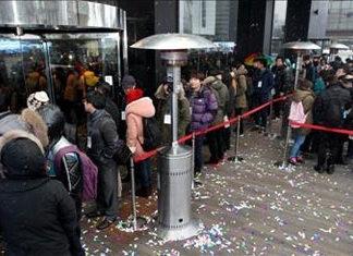 Colas para comprar el iPhone 5 en Corea del Sur