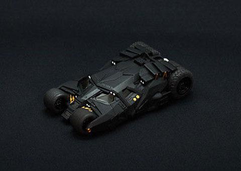 Funda de iPhone con forma de Batmóvil