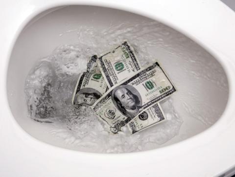 Retrete con dinero