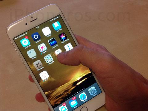 iPhone 6 Plus en una sola mano
