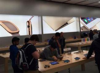 Carteles del Apple Watch en las tiendas de Apple