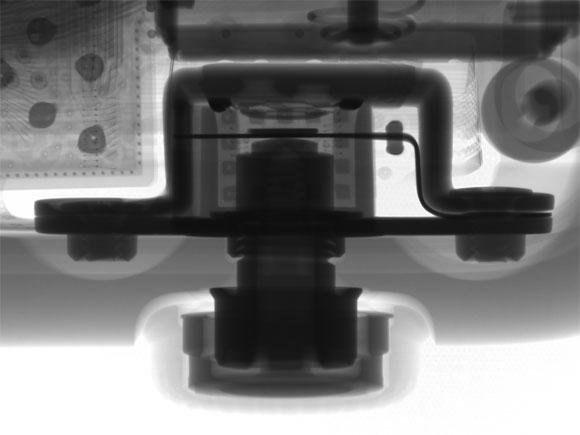 Corona del Apple Watch vista con rayos X