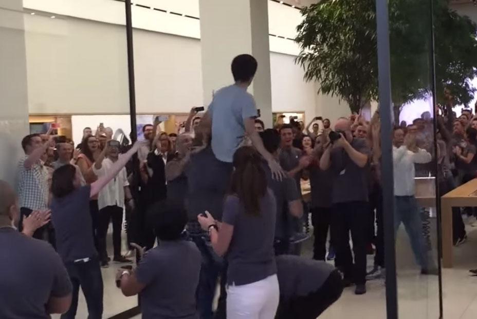 Apertura de la nueva Apple Store de Dubai