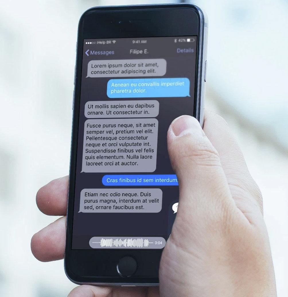 App de mensajes con interfaz en negro