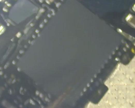 Cambiar el chip del digitalizador de la pantalla del iPhone 6 Plus