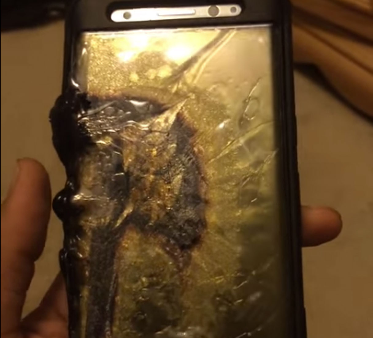 Samsung Galaxy Note 7 con batería quemada