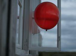 iPhone-7-Balloons