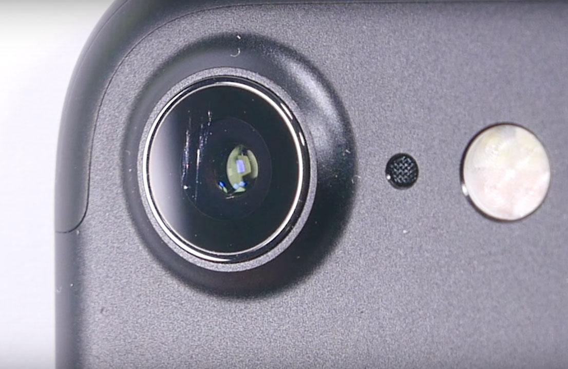 La lente del iPhone 7 sí que se puede rayar