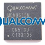 Baseband del iPhone cinco con el logo de Qualcomm
