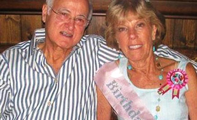 Los padres de Steve Jobs: Abdulfattah Jandali, Joanne Carole Schieble