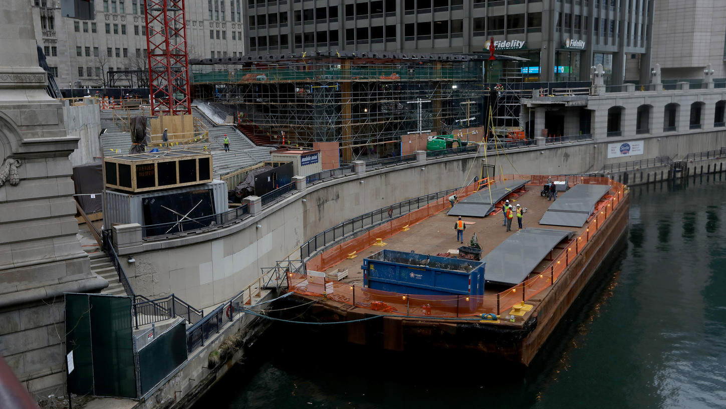 Obras de la Apple™ Store Chicago River