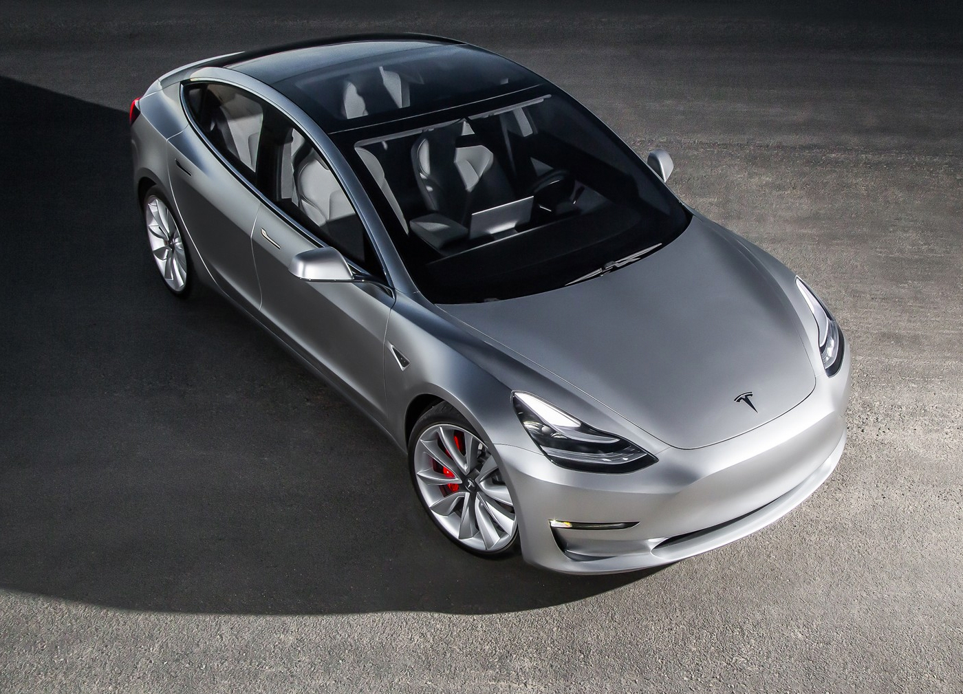 Tesla Model tres gris