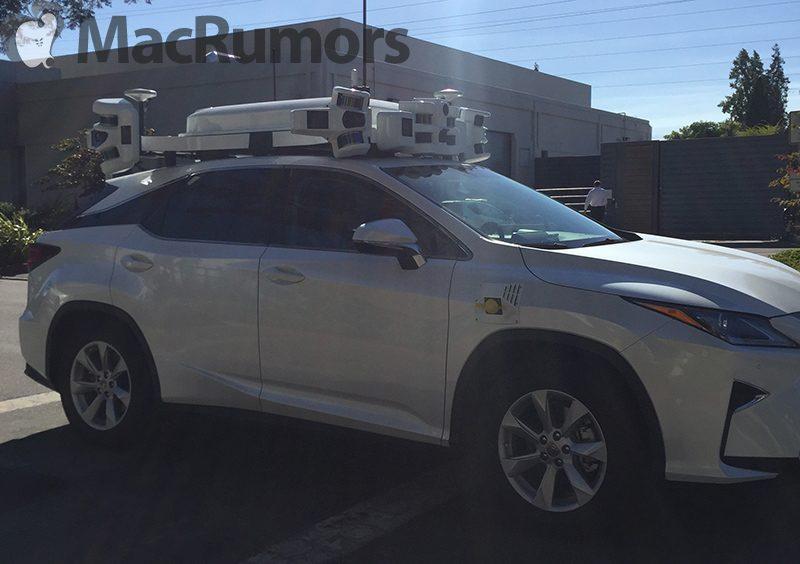 Coche de Apple con un sistema LIDAR montado encima
