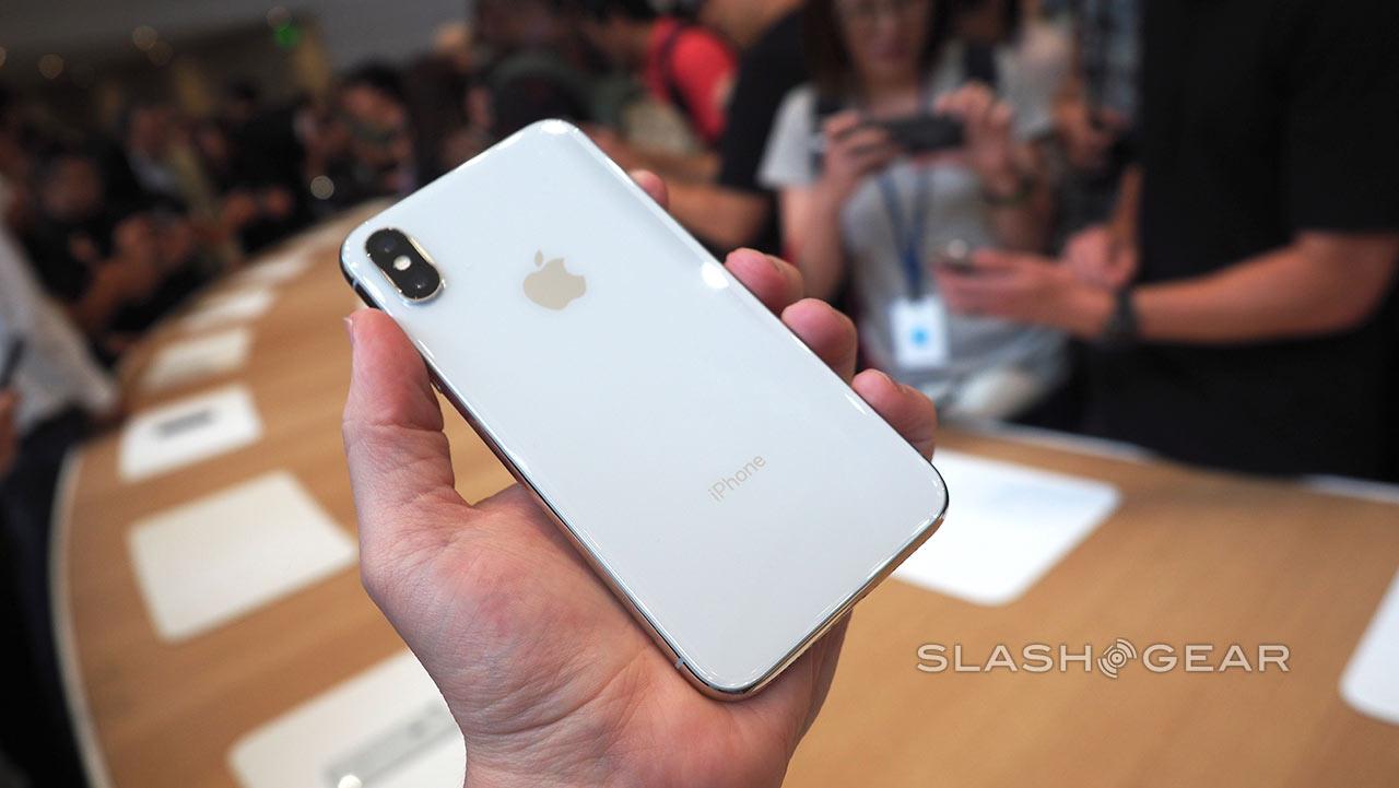 iPhone X (vía SlashGear)