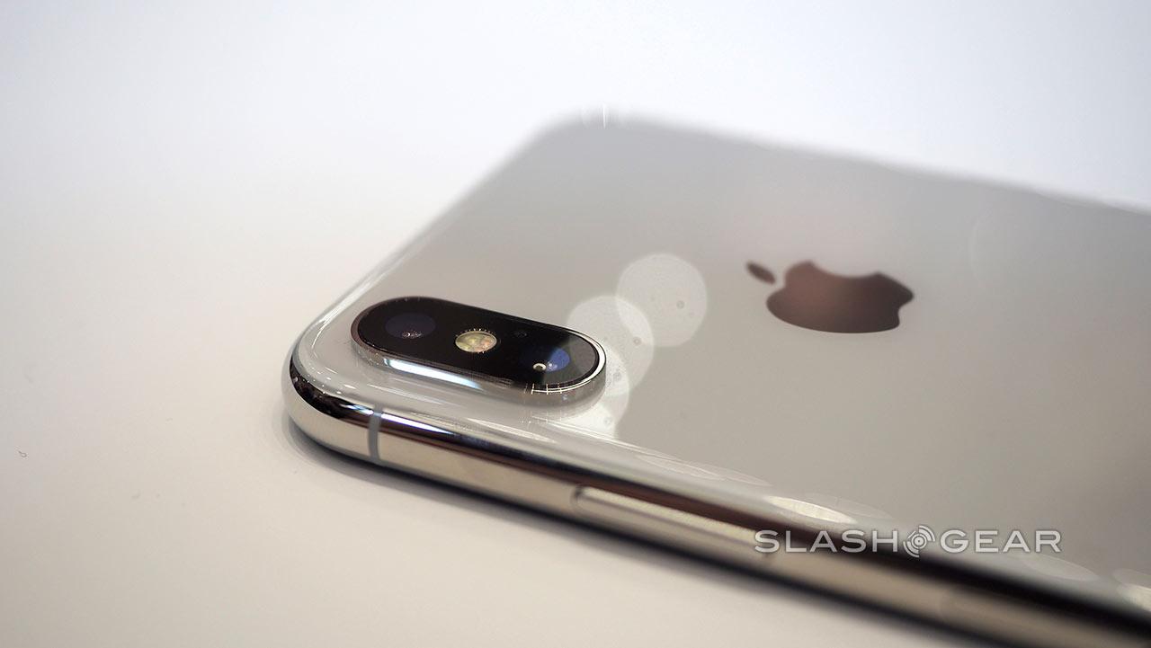 Cámara trasera del iPhone X (vía SlashGear)