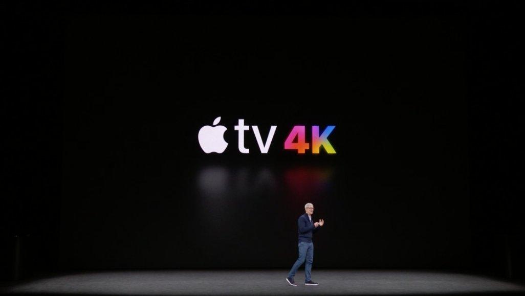 Tim Cook presentando el Apple TV 4K