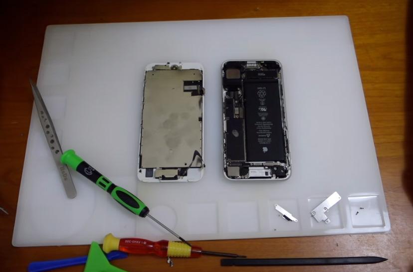 iPhone siete de segunda mano abierto