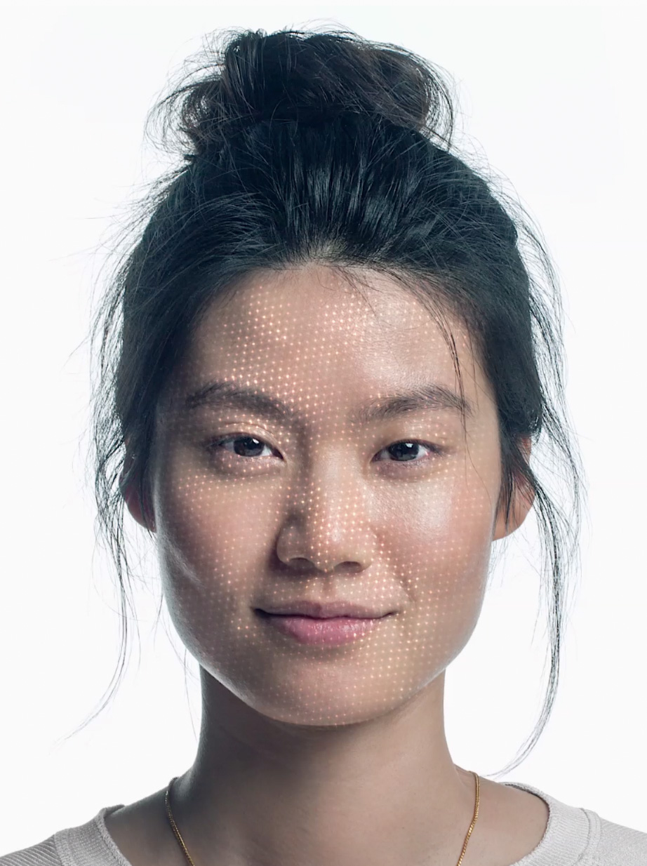 Escaneando la cara para crear un mapa facial