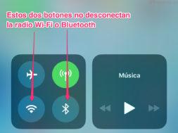 Botones para activar o desactivar la Wi-Fi o Bluetooth en el Centro de Control