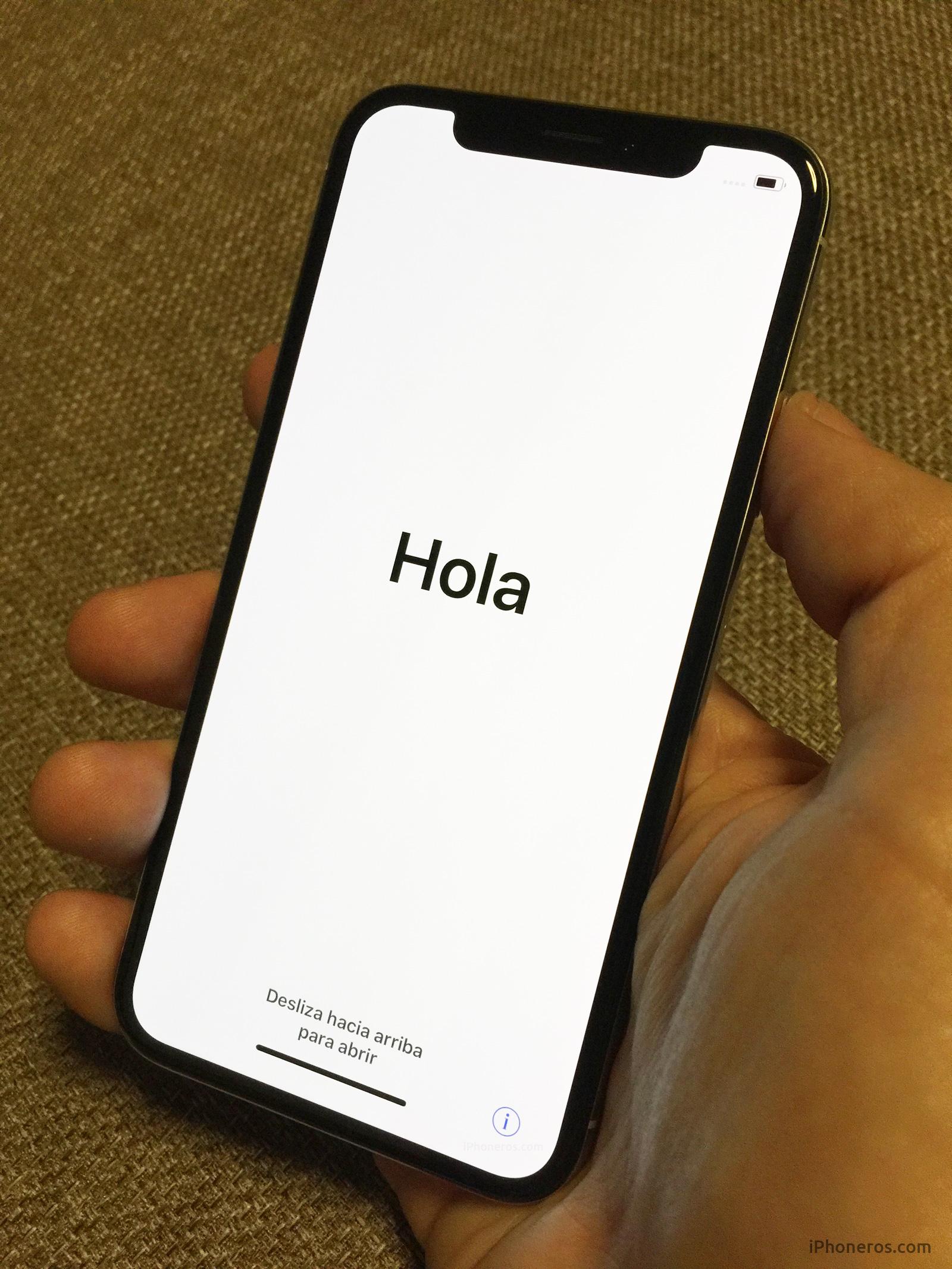 iPhone X en su primer encendido