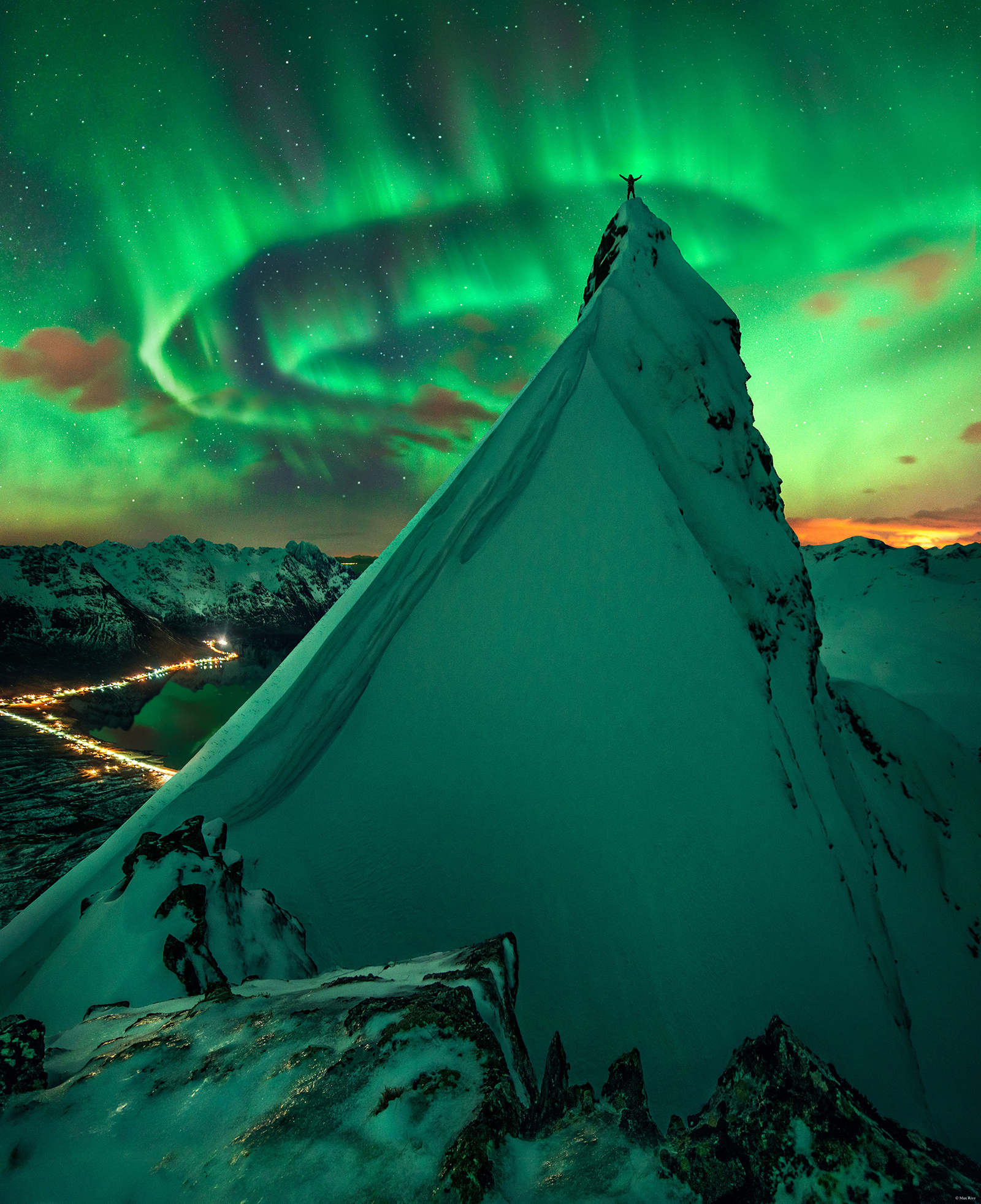 In Green Company: Aurora over Norway