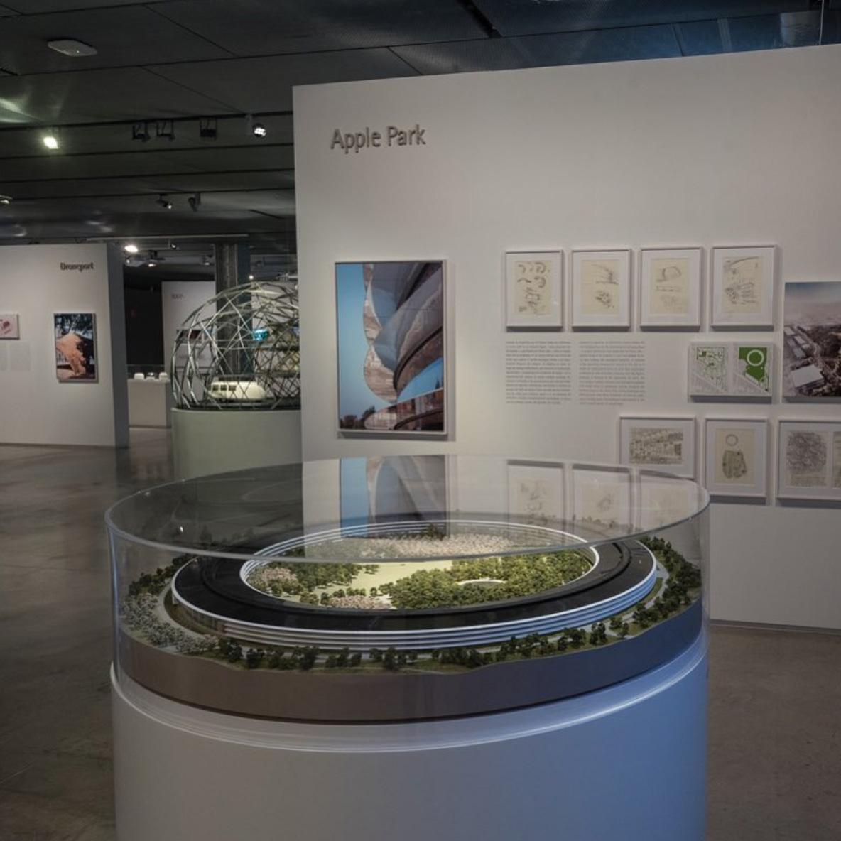 Maqueta del Apple Park en la Fundación Telefónica