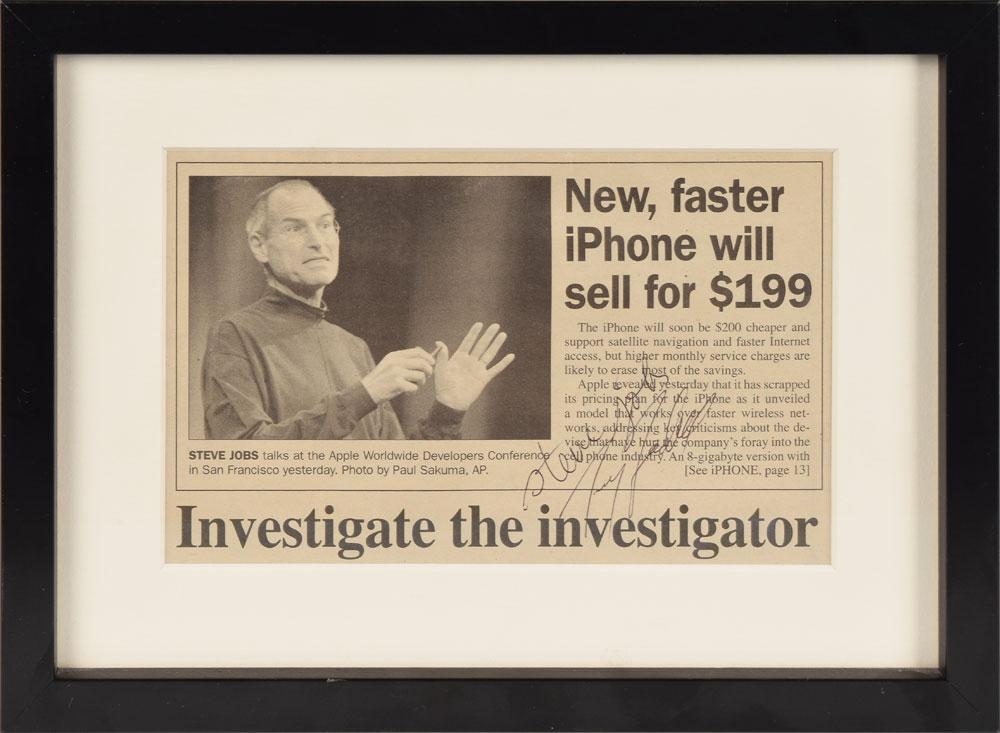 Noticia de periódico firmada por Steve Jobs y Tony Fadell