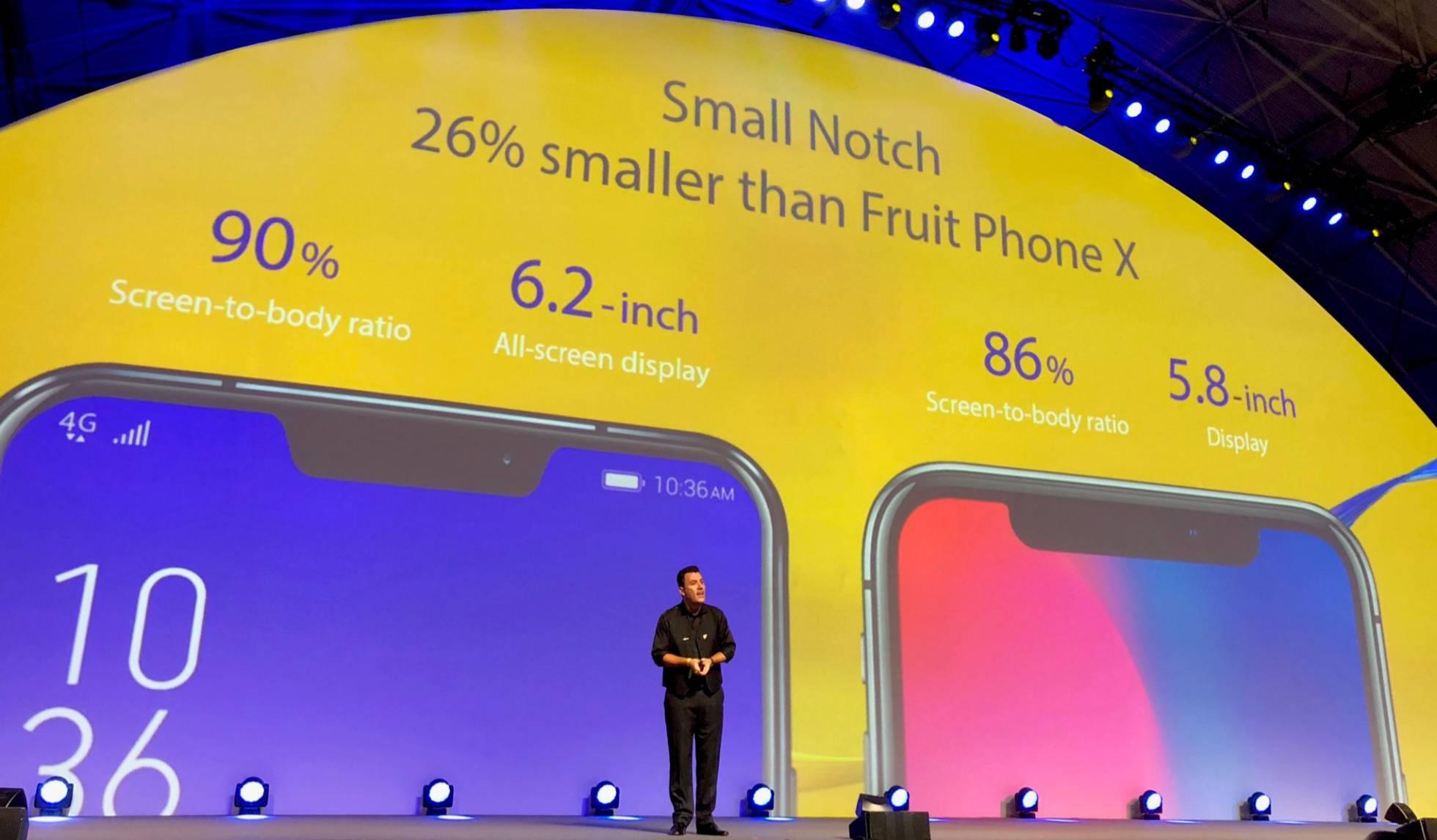Asus presentando su nuevo smartphone parecido al iPhone X