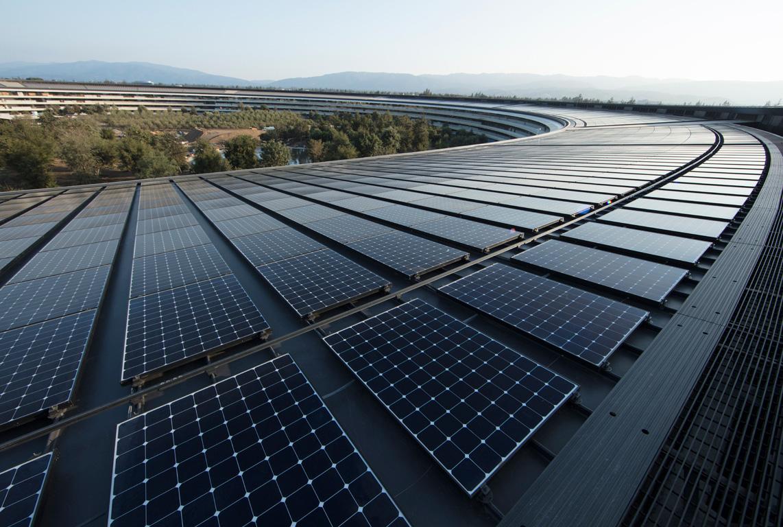 Paneles solares en las oficinas de Apple en el Apple Park