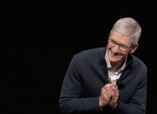 Tim Cook en el Evento de presentación del iPad Pro todo pantalla, del Mac mini y del MacBook Air Retina