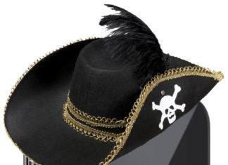 iPhone con sombrero pirata