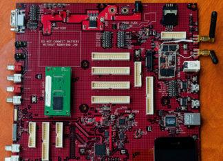 Placa base de un prototipo de iPhone