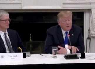 Donald Trump con Tim Cook