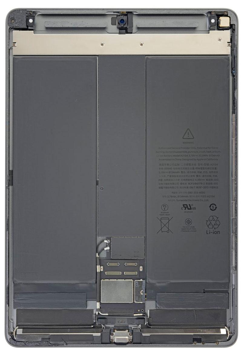 iPad Air 3 por dentro: Batería en dos celdas y placa base en el centro