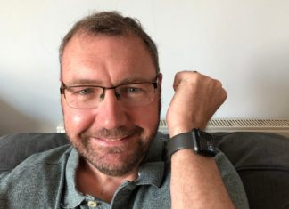 Paul Hutton con su Apple Watch