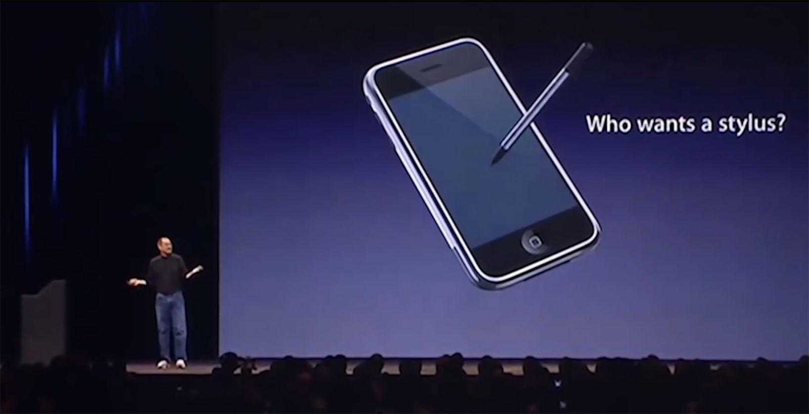 Steve Jobs preguntándose quién quiere una stylus para el iPhone