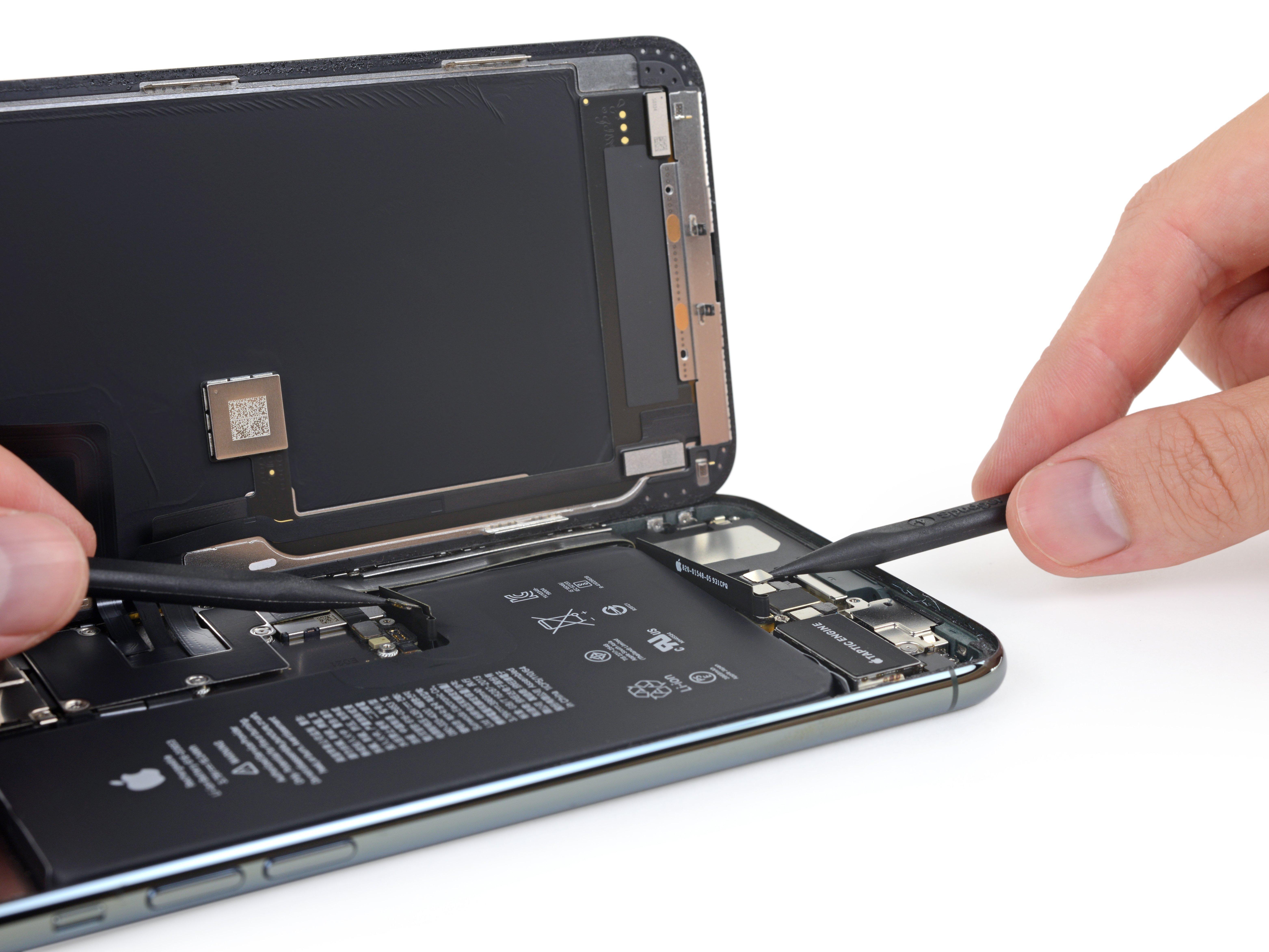 Batería del iPhone 11 Pro con dos conectores