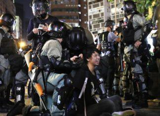 Detenidos por las protestas en Hong Kong (vía Kyodo).
