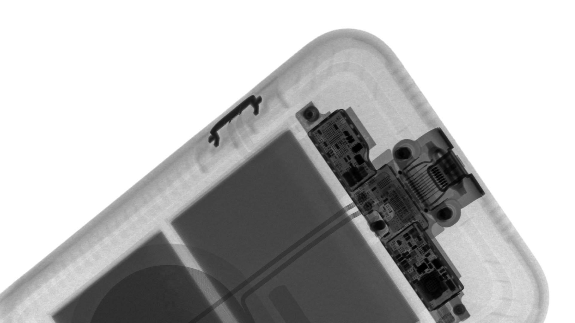 Smart Battery Case del iPhone 11 vista a rayos x