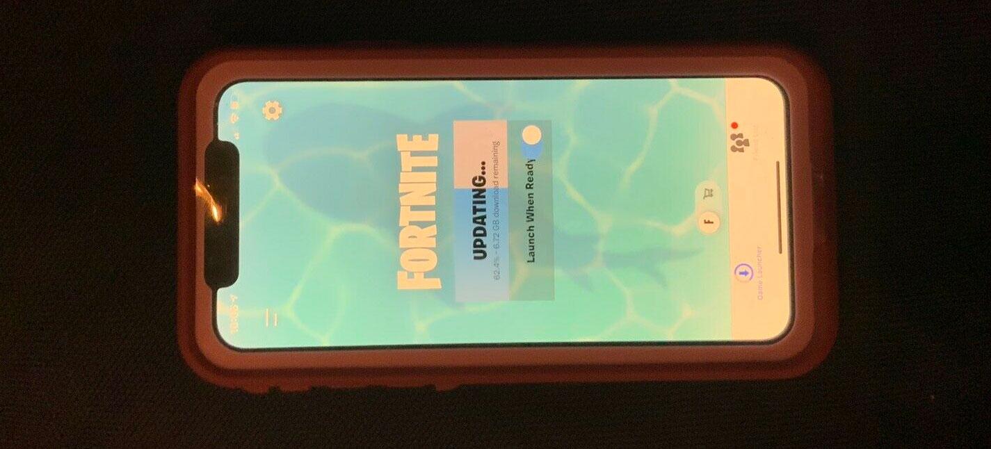 iPhone con Fortnite instalado a la venta en eBay