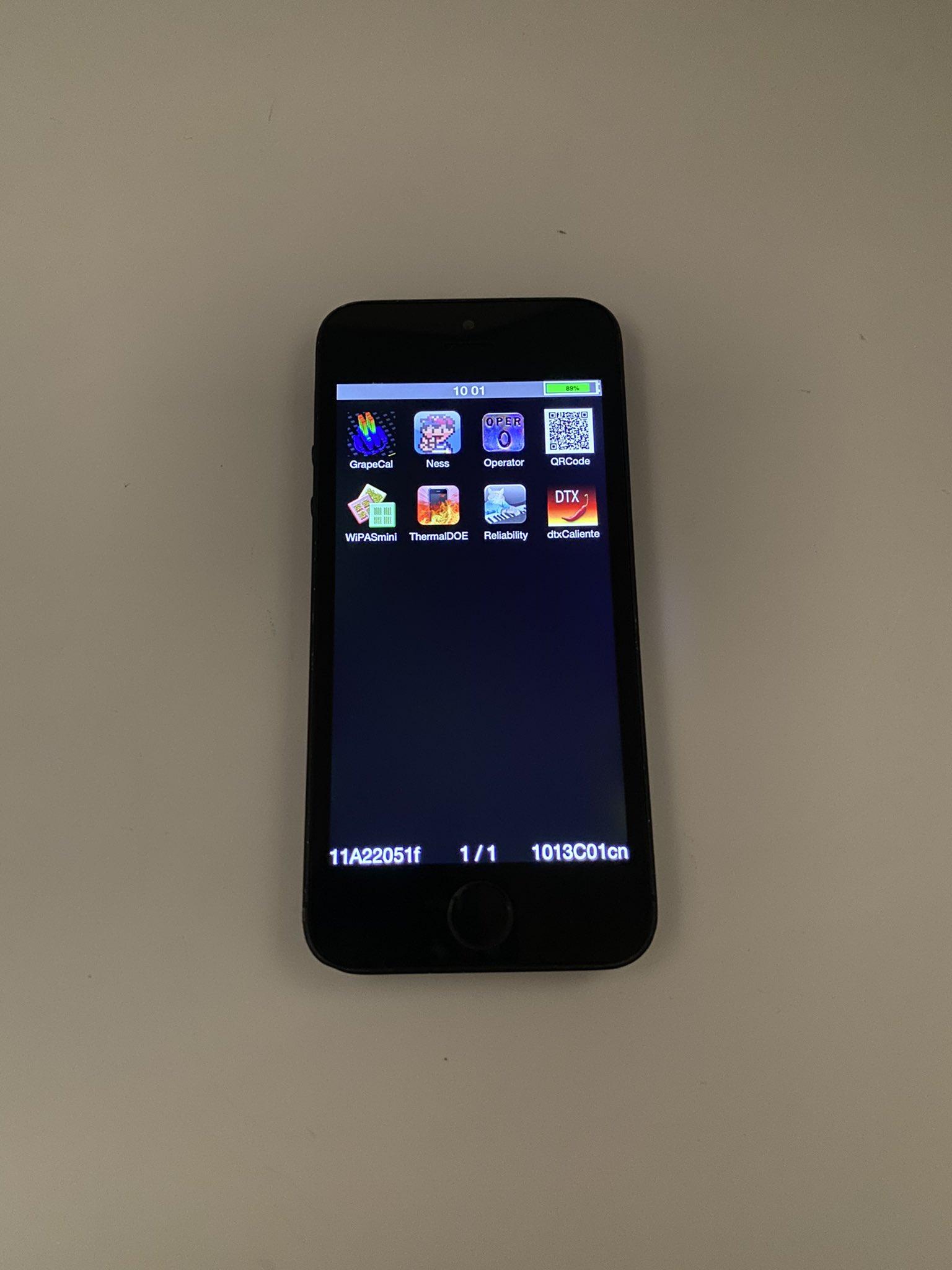 Prototipo de iPhone 5S en color negro