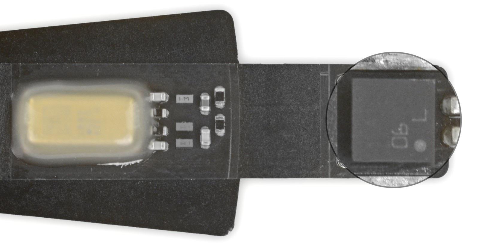 Sensor de temperatura y humedad incluido en el HomePod mini