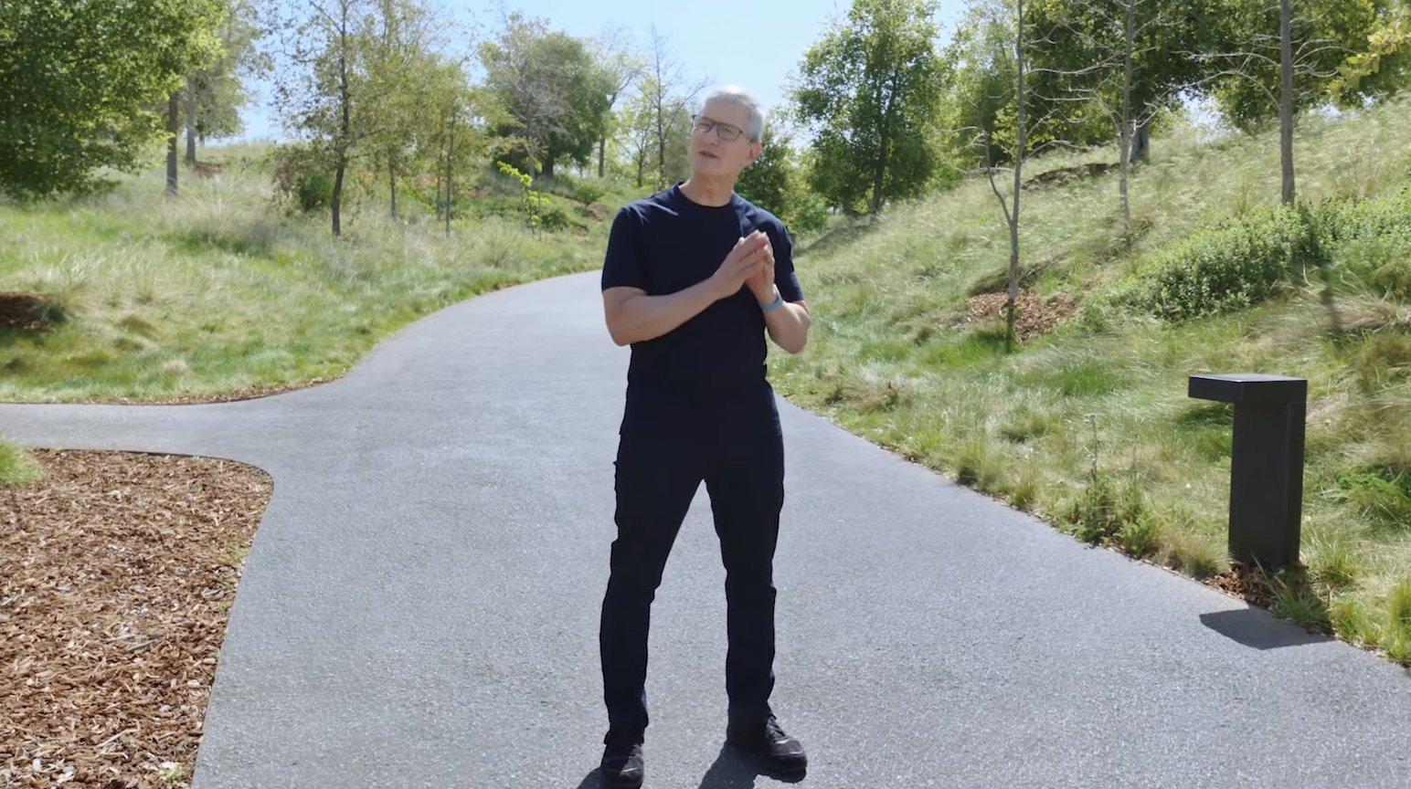 Tim Cook en el Apple Park