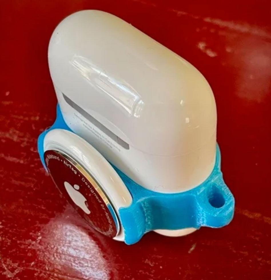 Funda 3D para acoplar AirTags a una caja de carga de AirPods