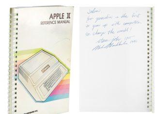 Manual de usuario de Apple II firmado por Steve Jobs
