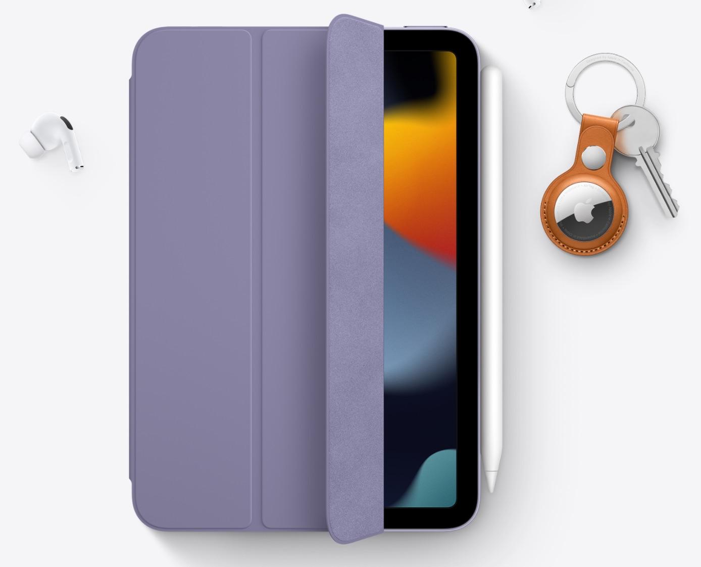 iPad mini 6 con AirTags y AirPods